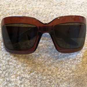 Dior extralight 2 sunglasses in smoky brown.